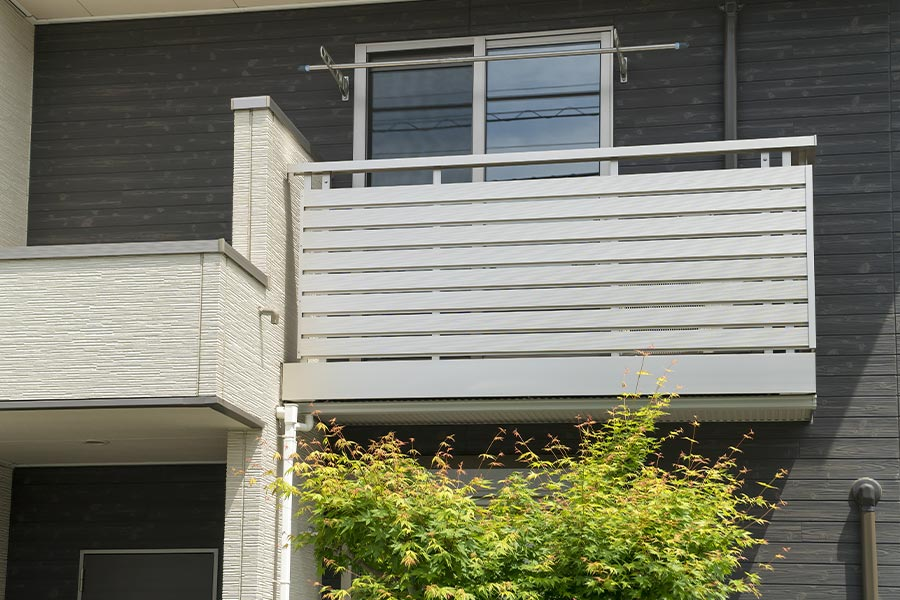ベランダ・バルコニー<br>屋上・窓まわり | リフォームメニュー